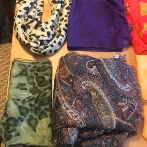 Accessories - 10 misc scarves!